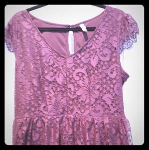 Xhilaration xxl maroon lace dress. Sidezip